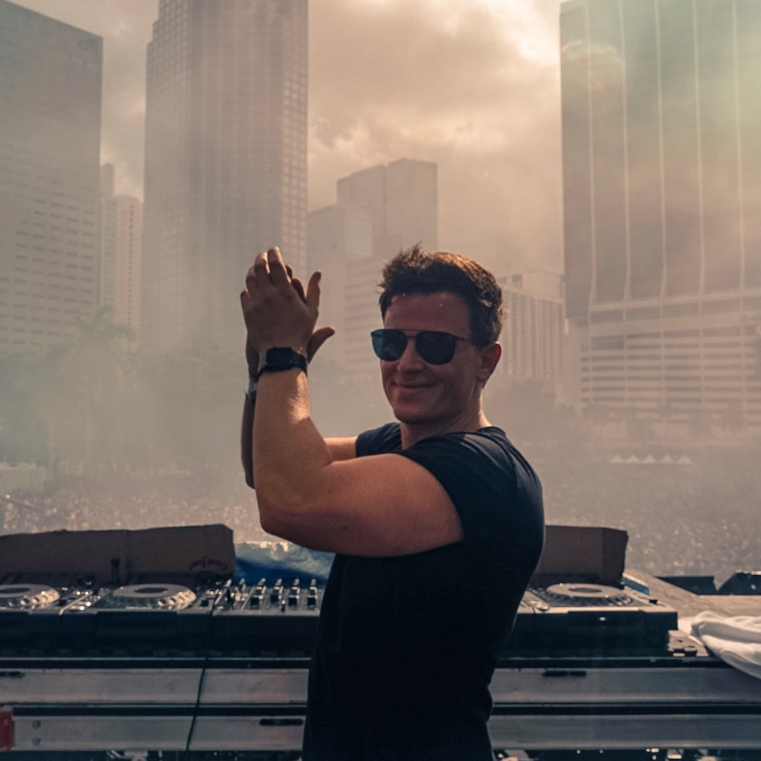 FEDDE LE GRAND DROPPING SOME STELLAR NEW RELEASES IN HIS UMF MIAMI SET